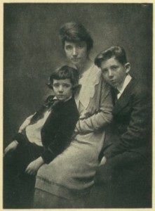 sanger_sons_woman_and_the_new_race